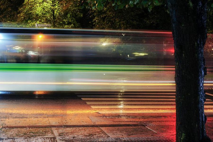 – For å redde flere liv i trafikken må farten ned på vegene
