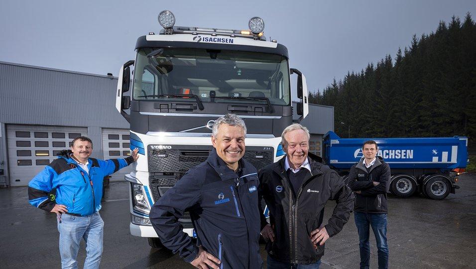 Kjøper 40 Volvo lastebiler med Maur påbygg og hengere