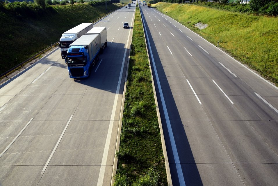 Lavere ulykkesrisiko for både norske og utenlandske lastebiler