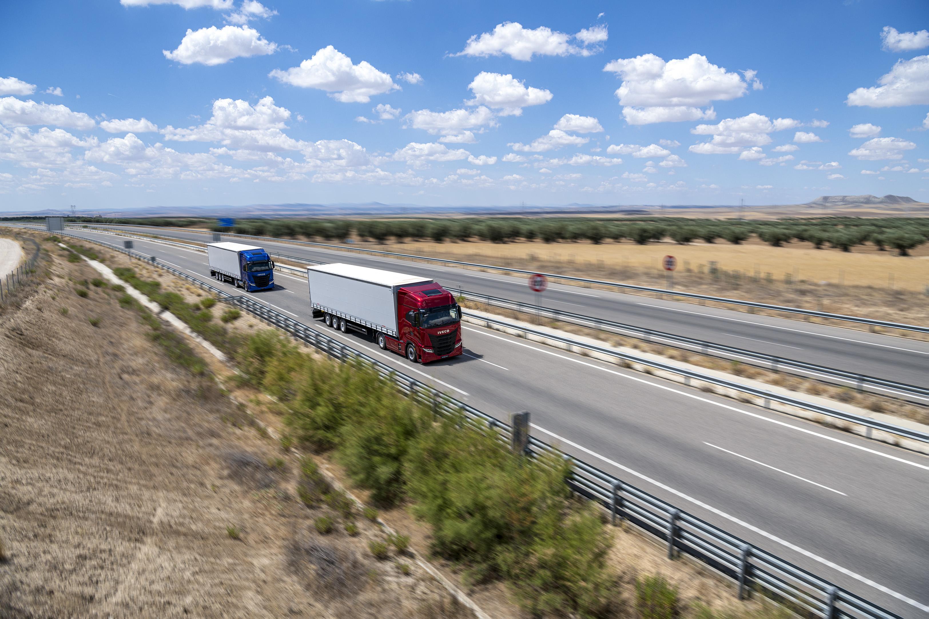Lanserer den 100% oppkoblede, sjåførorienterte langtransportbilen