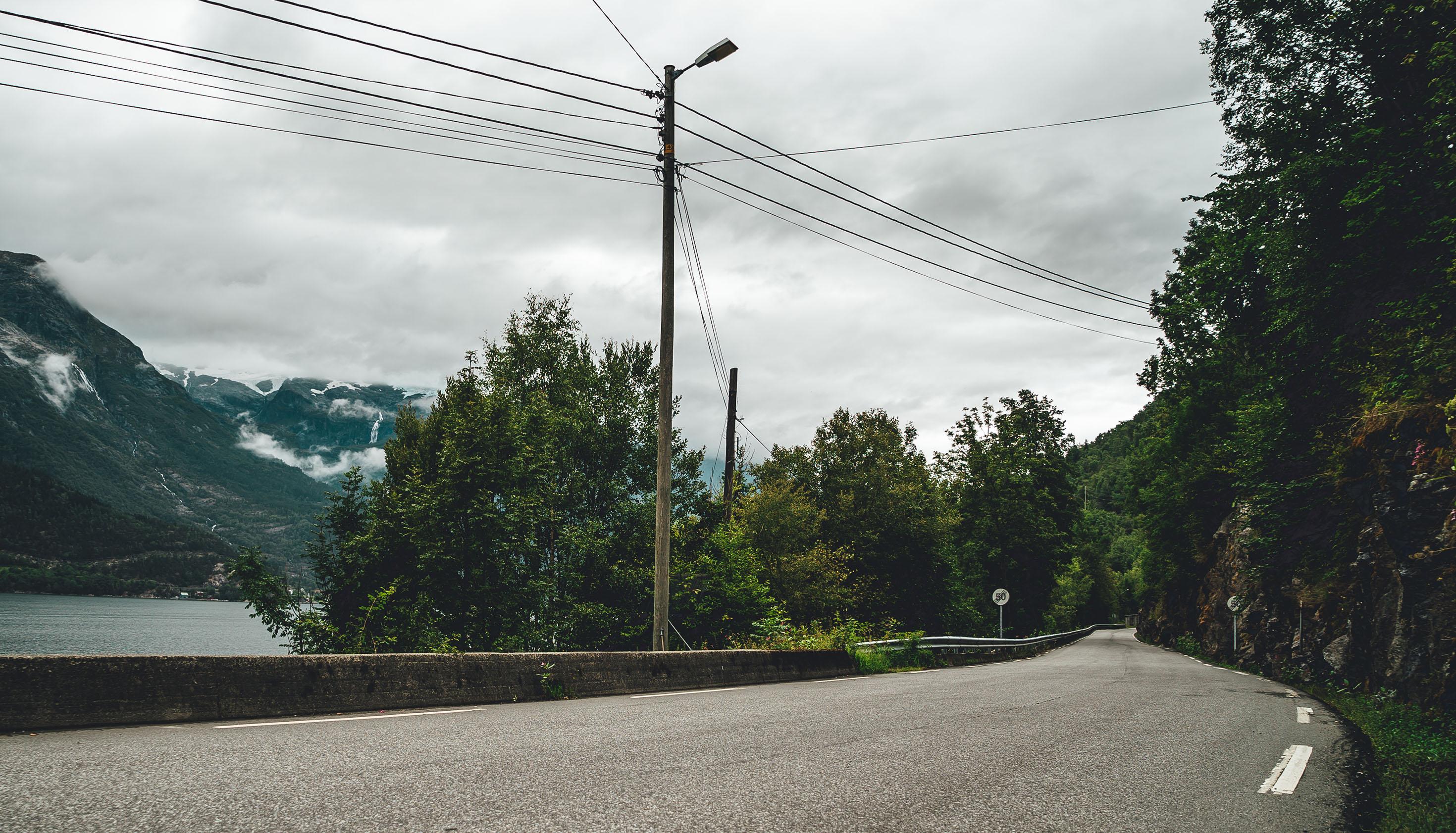 Utforkjøringer blir dødsulykker som følge av dårlige veier