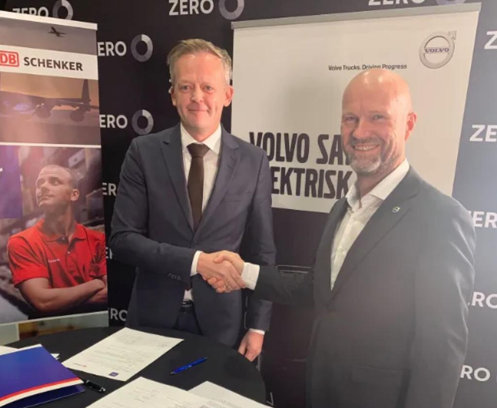 Ny intensjonsavtale om kjøp av el-lastebiler mellom Schenker og Volvo