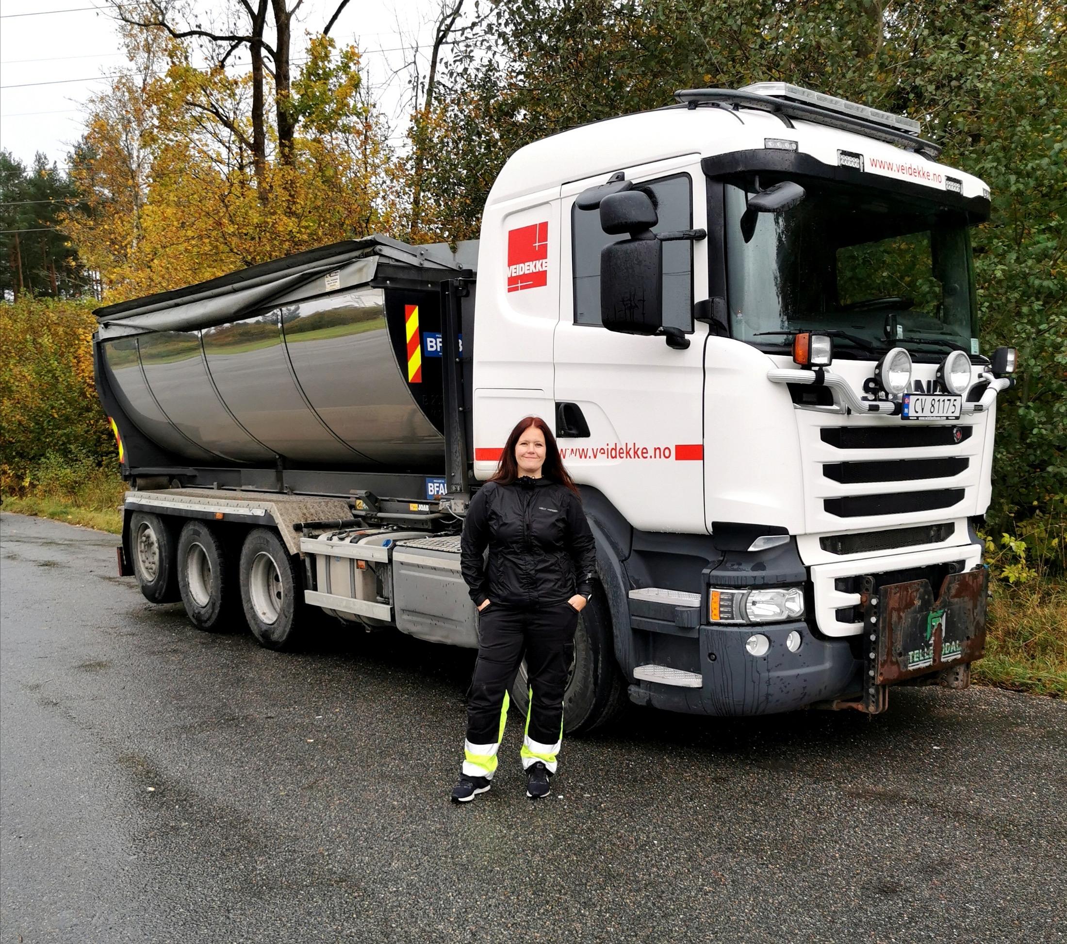– Selvfølgelig kan jenter kjøre lastebil!