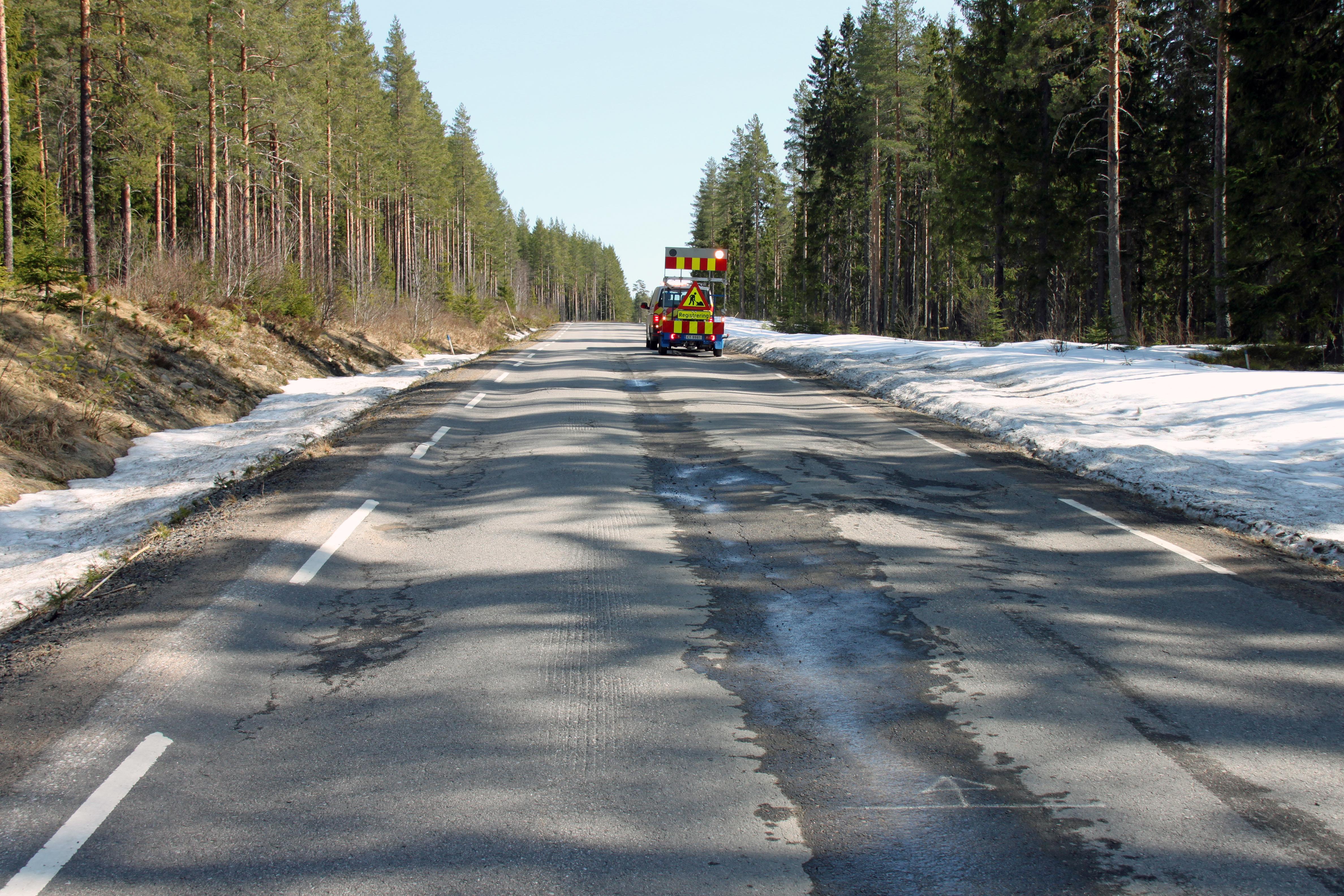 Veistandard og antall akslinger har stor betydning for veiens bæreevne