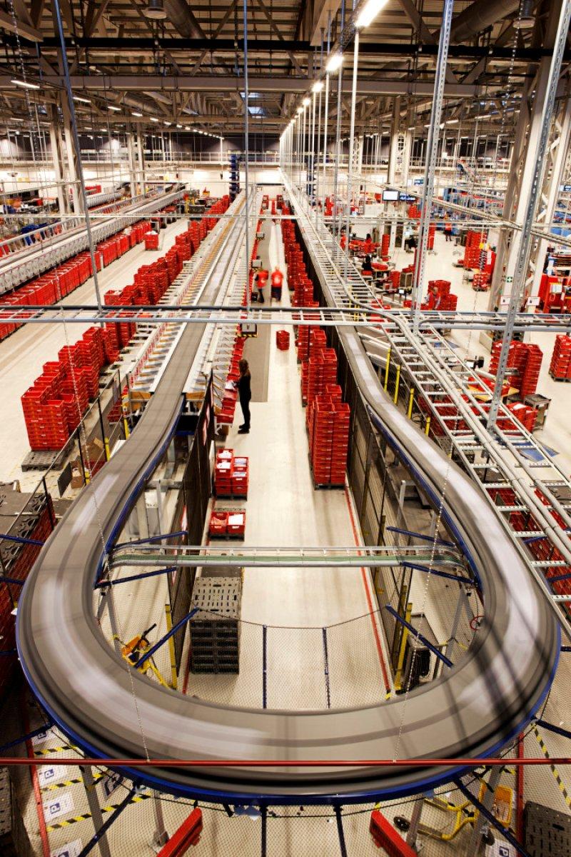 Landets største postterminal dobler kapasiteten for småpakker